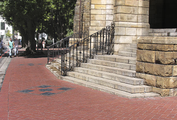 Paving on sidewalks in & around Cape Town City Centre